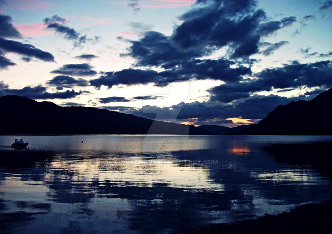 Loch by Quadraro
