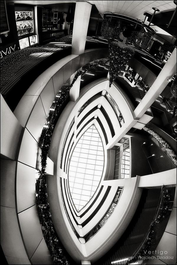 Vertigo by WojciechDziadosz