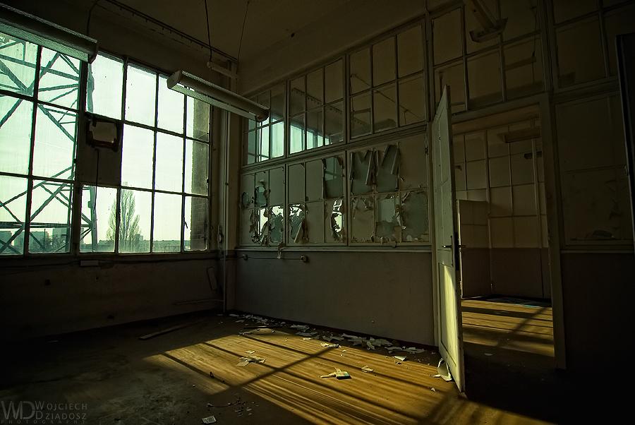 Open door by WojciechDziadosz