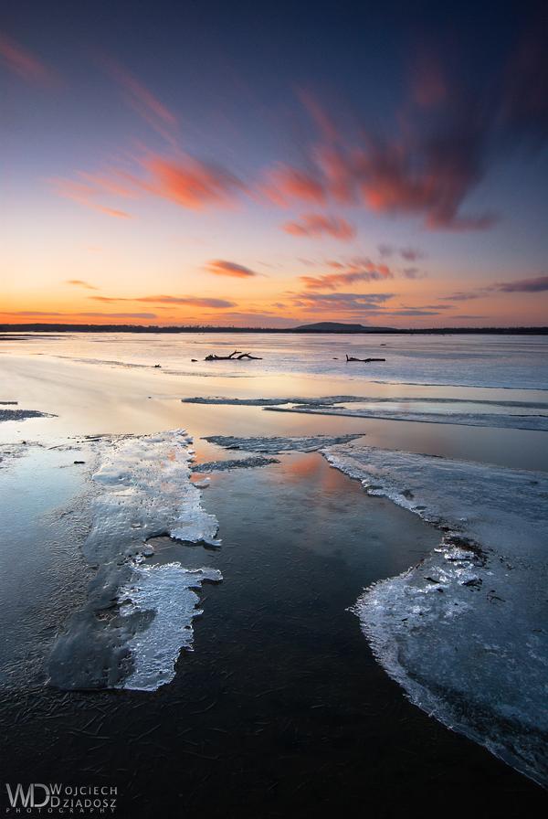 Glacies et Flammis by WojciechDziadosz