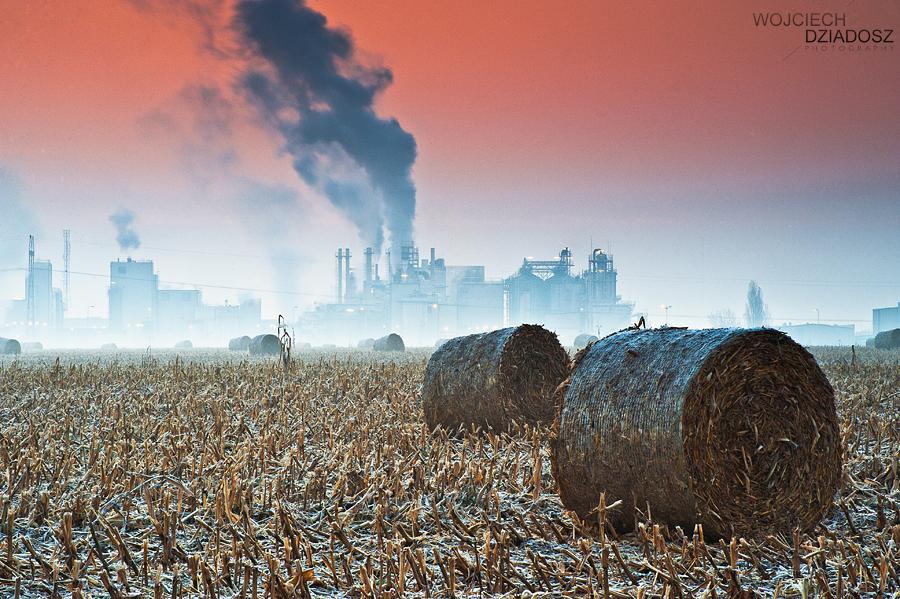 Industrial Pollution by WojciechDziadosz