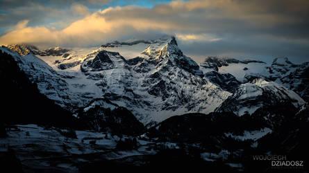 Mount Uri Rotstock