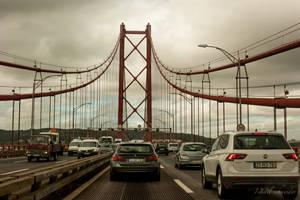 ponte 25 de abril by isischneider