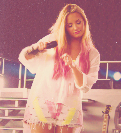 Display 32. by sttarships