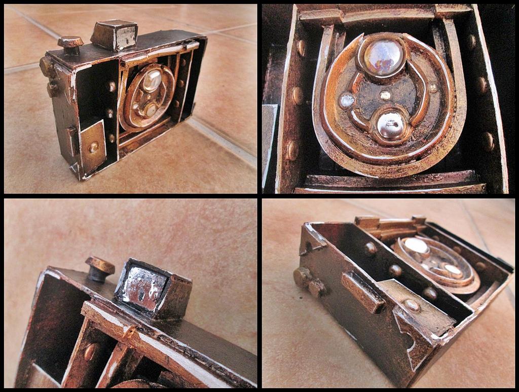 Fatal Frame 5 - Ren Hojo Camera Obscura by carlosdouglas