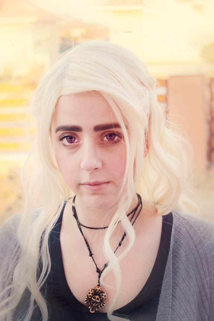 Daenerys Targaryen cosplay test by kanamecosplay