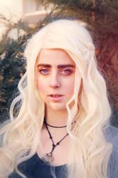 Daenerys Targaryen wig and makeup test by kanamecosplay