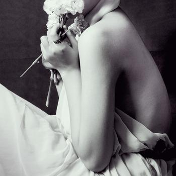 Vintage lady by nhienko