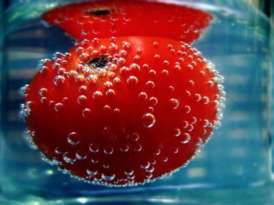 cherry tomato bubbles by treesuh