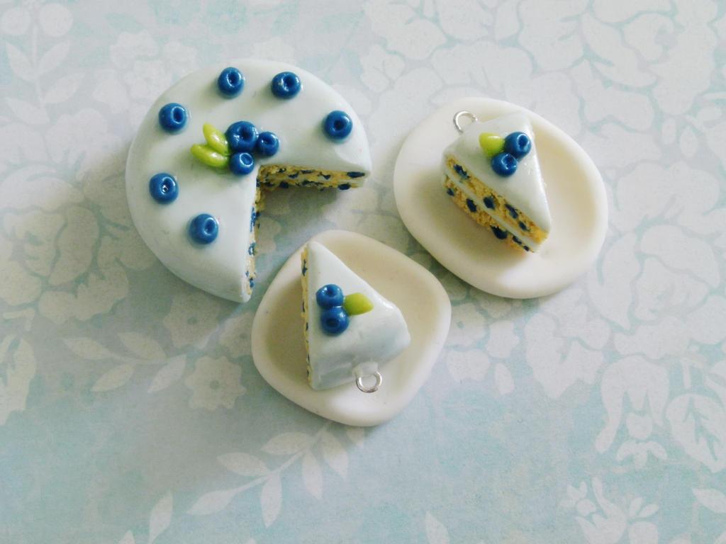 Blueberry Cake by ViVoRiNo99
