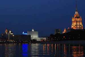 Moscow-River by vadikus