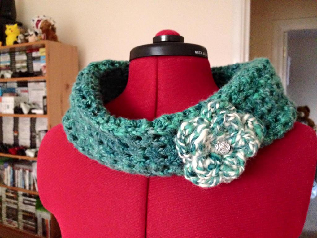 Cowl - Crocheted using my own handspun yarn by TombRaiderKuchen