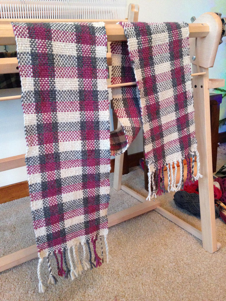 Rose, Grey + Natural Heather Plaid Handwoven Scarf by TombRaiderKuchen