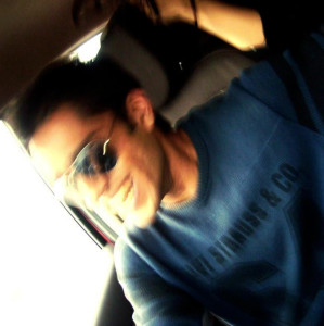 nikhil922's Profile Picture