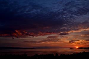 Dawn by Laerian