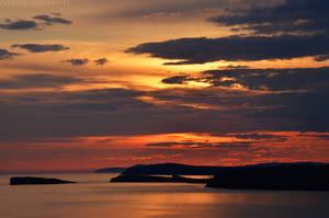 Sunrise by Laerian