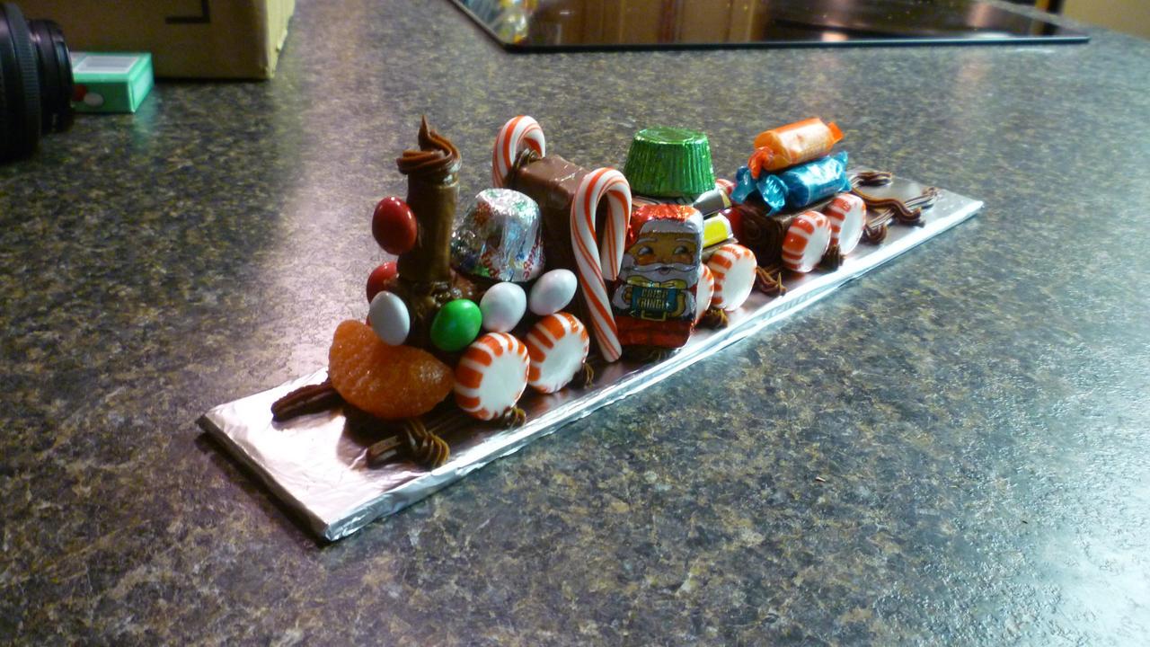 Christmas Candy Train.Christmas Candy Train By Saronicle On Deviantart