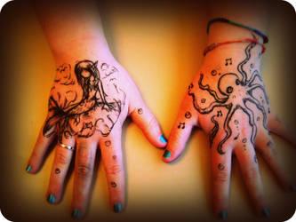 Hand Art by Checker-Bee