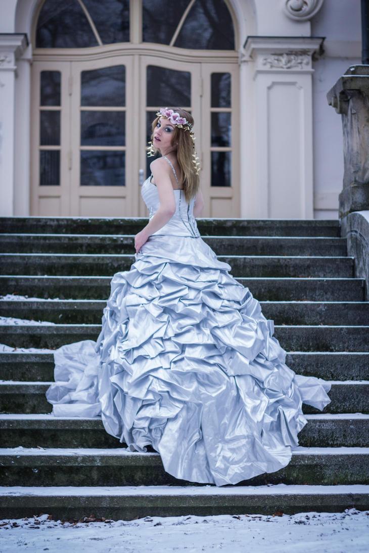 Wedding Dress 2 by Liancary-art on DeviantArt
