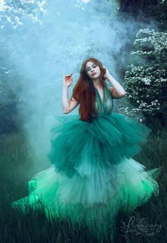 When Fashion meets Fantasy - with Mayagralean