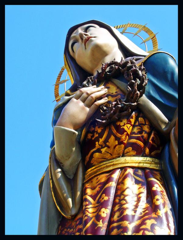 Mary by kadoman
