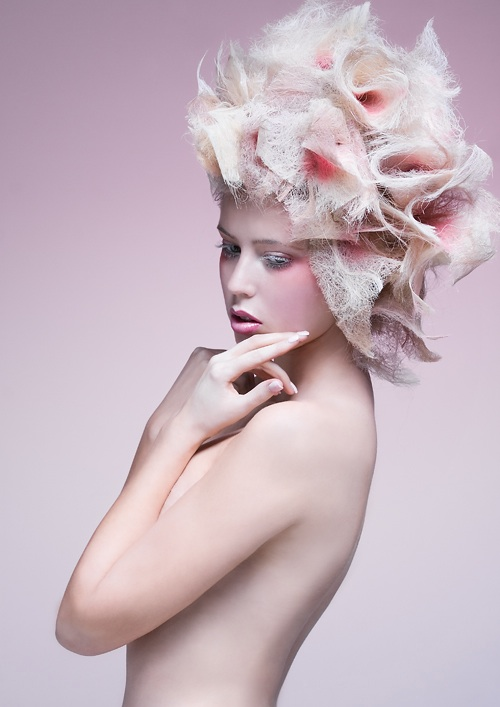 flower in her hair - photo #2