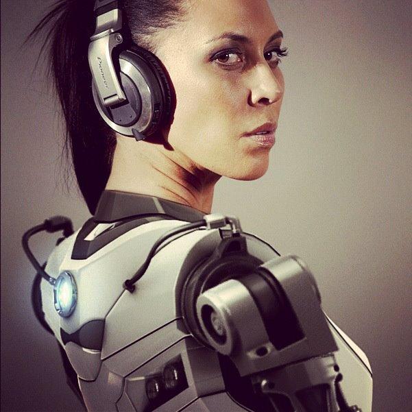 Robot DJ by DocosArt