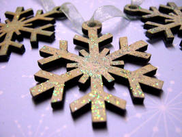 Frosted Snowflakes by Ideas-in-the-sky