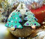 Sparkly Christmas Tree Earring