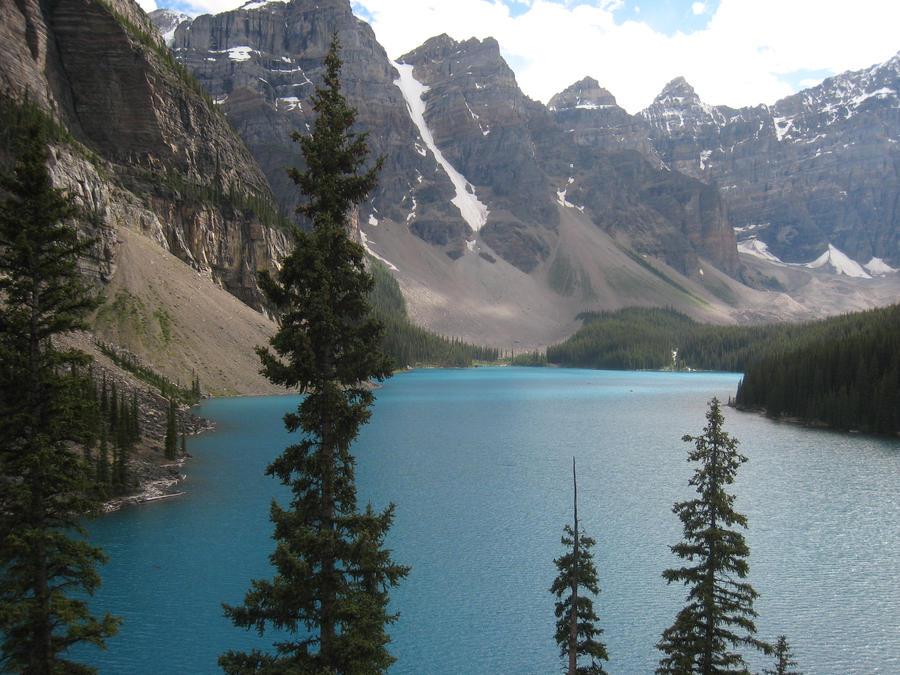 Moraine Lake by dmak1
