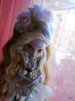 Monster High  OOAK repaint custom Lagoona 02