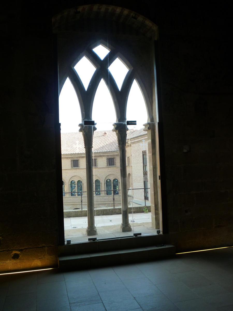 Alcaniz Castle window 2 by SoniaCarreras on DeviantArt