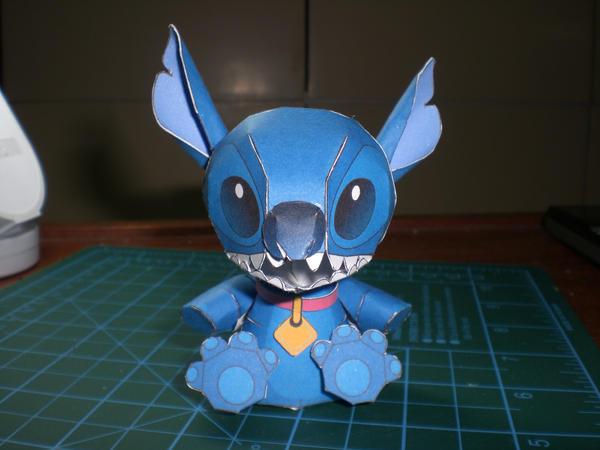 Papercraft imprimible y armable del personaje de Disney. Manualidades a Raudales.