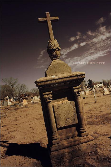 Socorro Cemetery by Kuliii