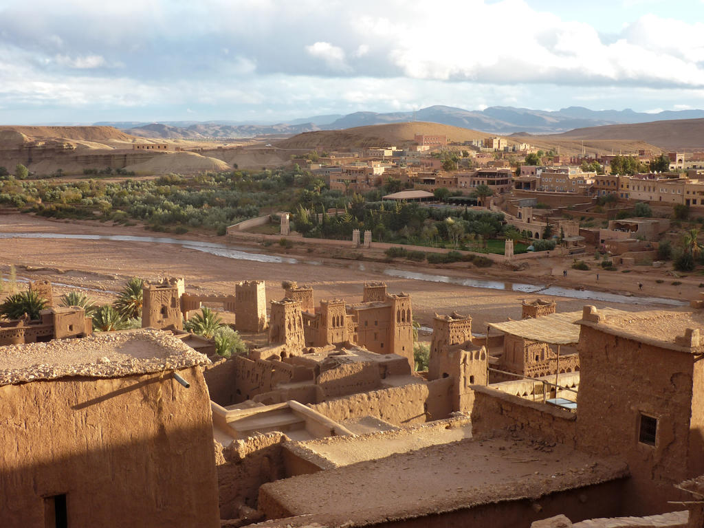 Grand View from Ait Ben Haddou by Pit7