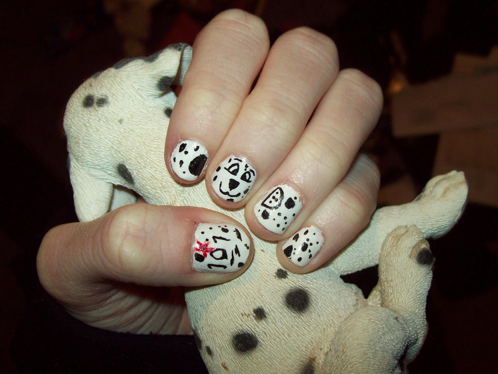 101 Dalmatian nails by ffishy21 on DeviantArt