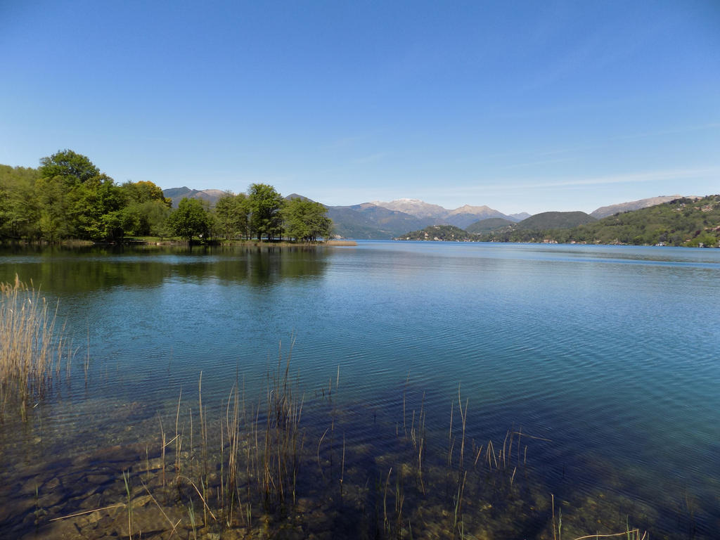 A day at the lake by bob60t