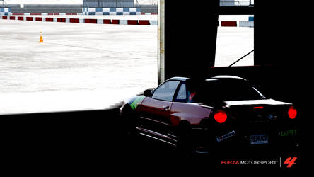 Forza 4- The R34 waits to play