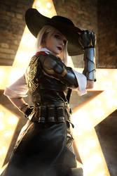 Owerwatch - Ashe cosplay photo by fenixfatalist by fenixfatalist