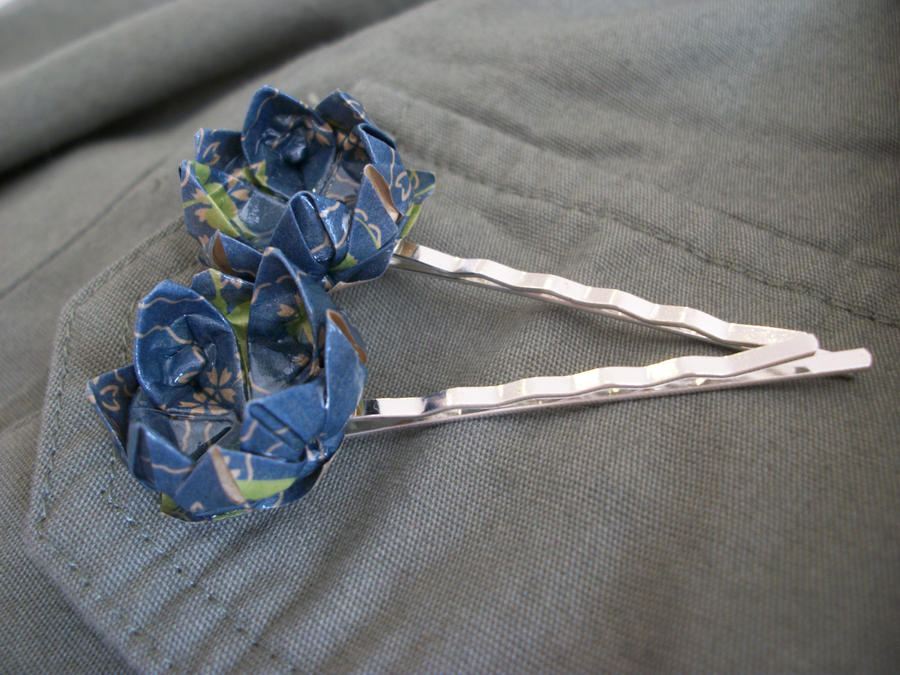 Origami Lotus Hairpins2 by Jamethial