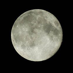 Supermoon, 06/23/13 by FrenchieSmalls