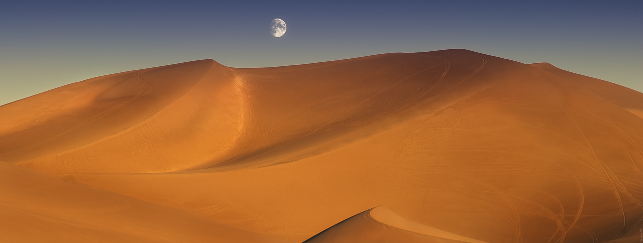 Moon and Dunes Death Valley by sciph