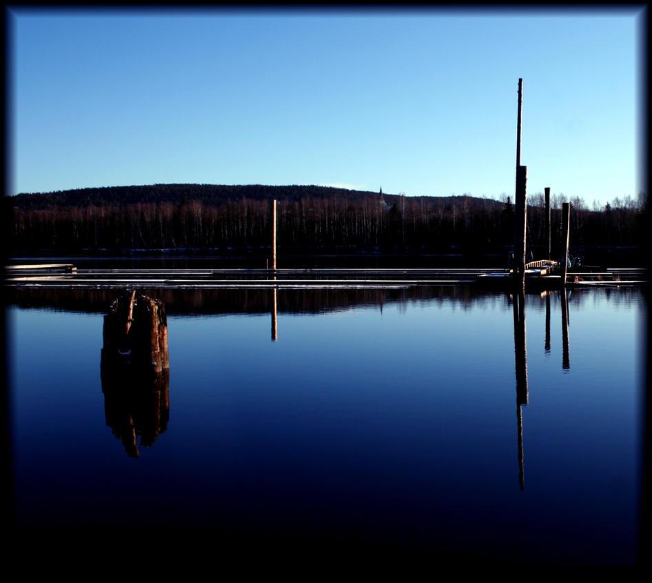 Still Water'n Reflection IIII by evilmojo on deviantART