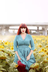 Teer in the sunflowers