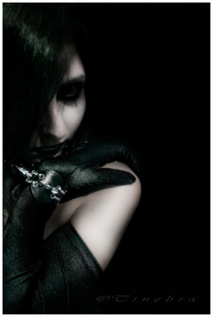 GothicGlamour: Vampire Ventrue by Tinebra
