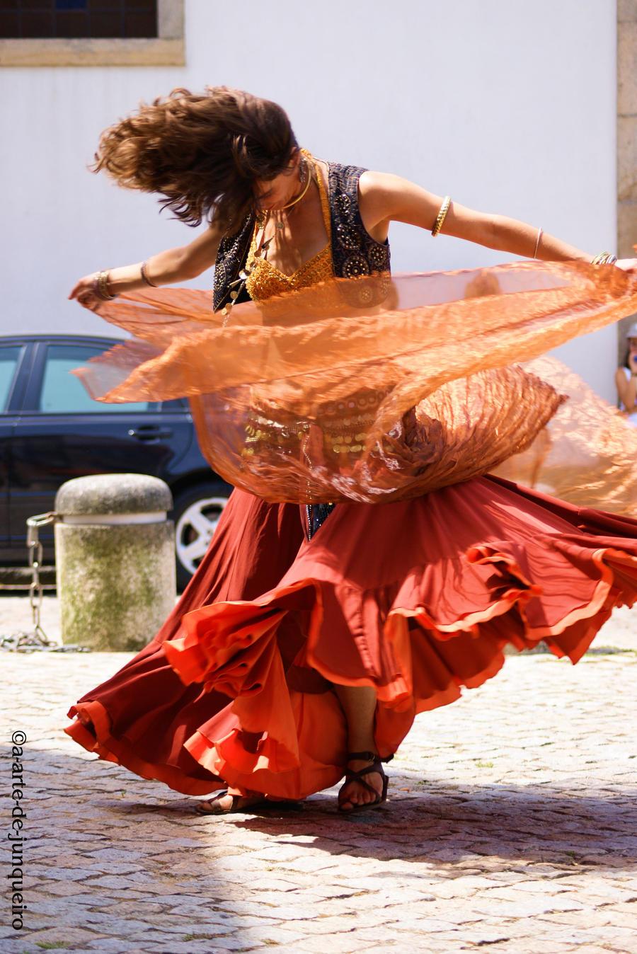 Dancer I by Arte-de-Junqueiro