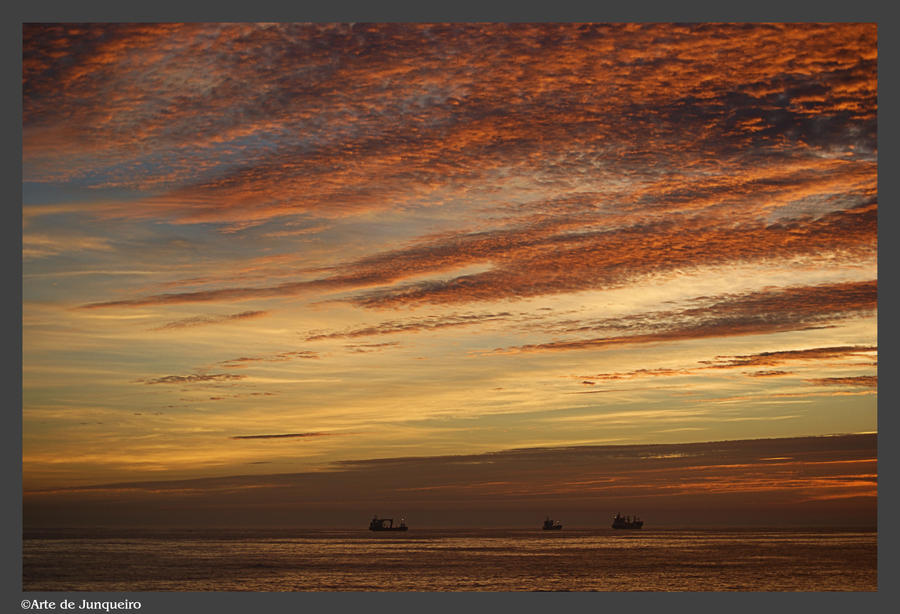 Sunset with Shipping by Arte-de-Junqueiro