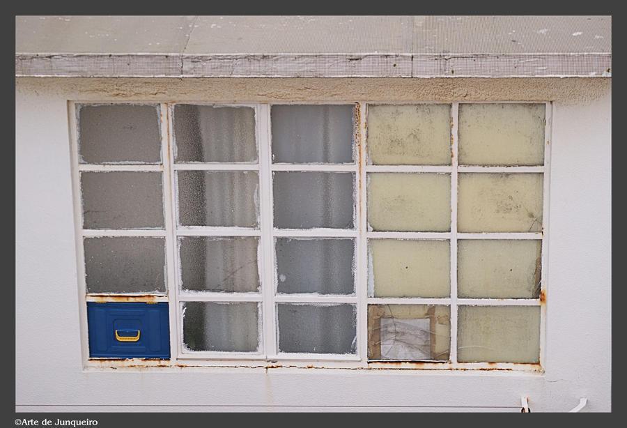 Decay II by Arte-de-Junqueiro