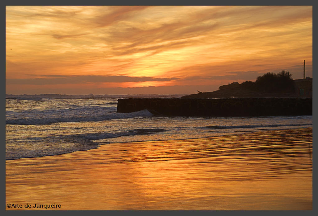 Golden Sunset by Arte-de-Junqueiro