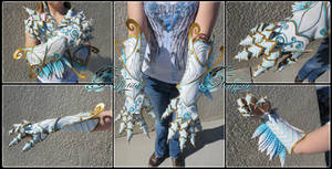 [SOLD] Air Gauntlets